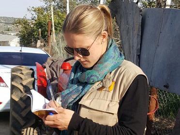 Rebecka dokumenterade noggrant alla observationer och intervjuer från fältet på Västbanken